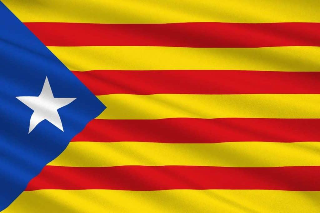 la estelada bandera catalana independentista