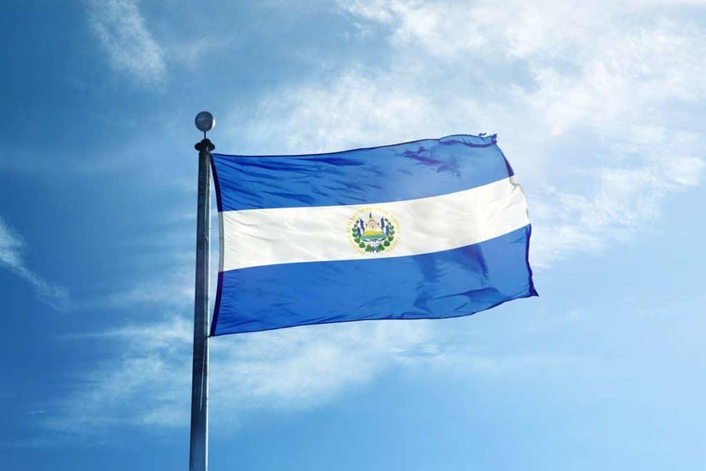 bandera salvadorena