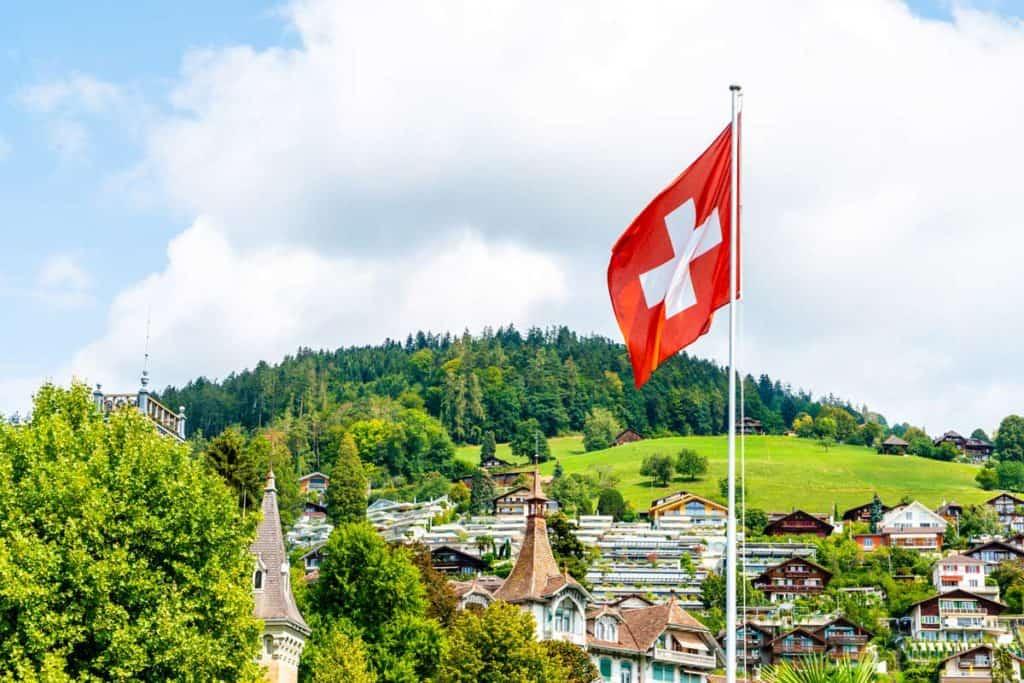 Bandera de Suiza paisaje